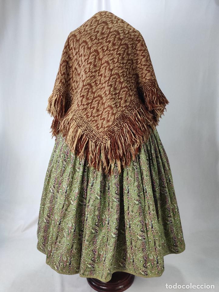 Antigüedades: Antiguo mantón de lana en tonos marrón y crema - Foto 5 - 210306928