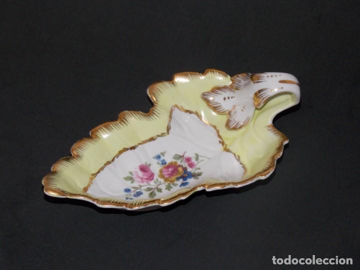 SALSERA DE PORCELNA (Antigüedades - Porcelanas y Cerámicas - Otras)