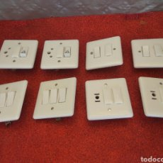 Antigüedades: ELECTRICIDAD SIMON PLACAS INTERRUPTOR -ENCHUFE-FUSIBLE LOTE DE 8. Lote 210449502