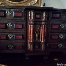 Antigüedades: BARGUEÑO DE CAREY. Lote 210458063