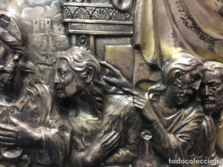 Antigüedades: ULTIMA CENA DE JESUS CRISTO METAL PLATEADO TROQUELADO ENMARCADO PPIOS XX 61X44,5CMS - Foto 7 - 210481535