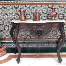 Antigüedades: CONSOLA DE CAOBA TALLADA ESTILO ISABELINO PRINCIPIOS DE 1900. Lote 210482906