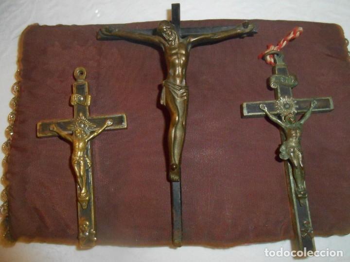 TRES CRUCES O CRUCIFIJOS ANTIGUOS (Antigüedades - Religiosas - Cruces Antiguas)