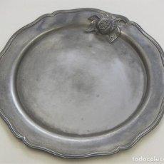Antigüedades: BONITA BANDEJA DE METAL. Lote 210544025