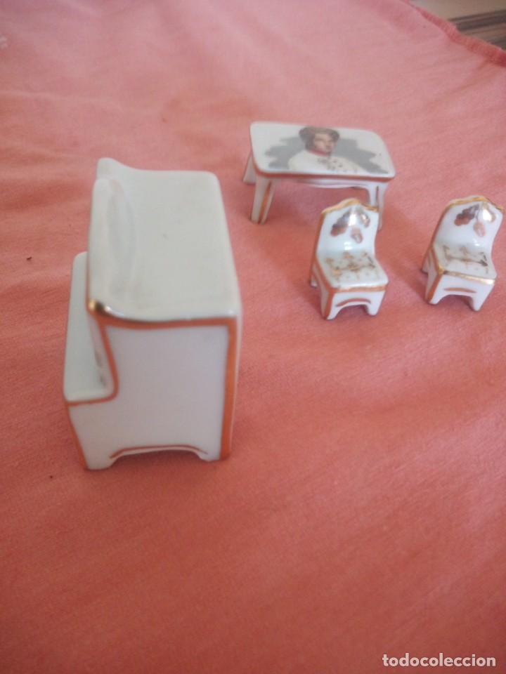 Antigüedades: Lote de porcelanas alacena,mesa y sillas en miniatura imagen napoleón,limoges. - Foto 7 - 210549640