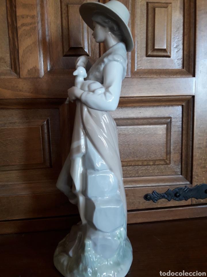 Antigüedades: Preciosa figura de Lladro - Foto 7 - 210582495