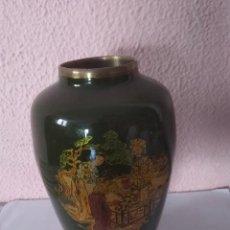 Antigüedades: JARRÓN DE BRONCE LATON. Lote 210589235