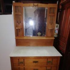 Antigüedades: ANTIGUO MUEBLE. Lote 210648943