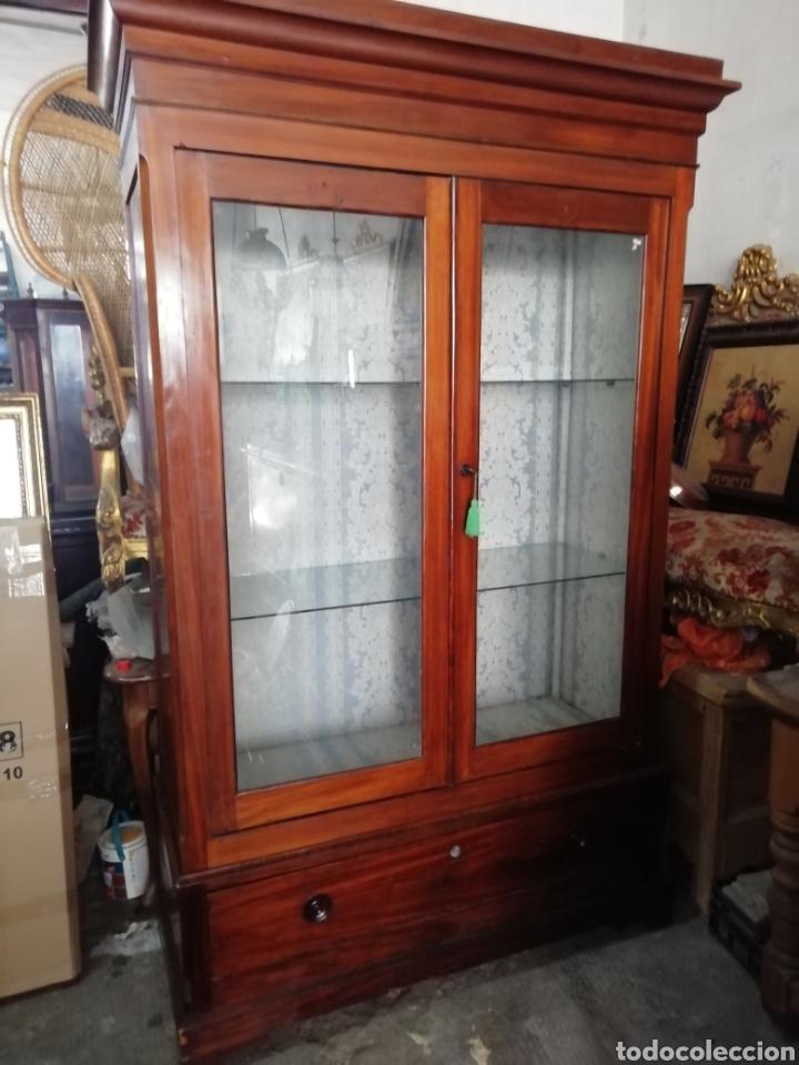 Antigüedades: Antigua vitrina de caoba - Foto 2 - 210649854