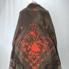 Antigüedades: ANTIGUO MANTÓN ISABELINO ALA DE MOSCA. Lote 210684486