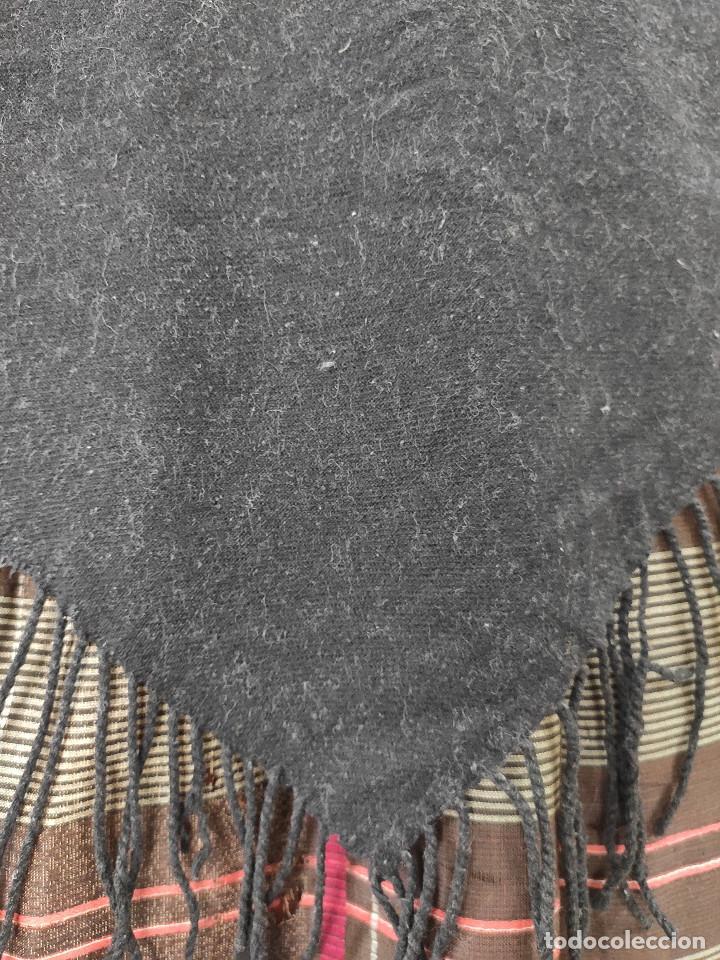 Antigüedades: Antiguo pico de mantón de lana - Foto 3 - 210684661