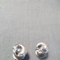 Antigüedades: GEMELOS MODERNISTAS DE CLIP. Lote 210691212
