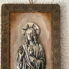 Antigüedades: SAGRADO CORAZÓN DE PLATA DE LEY CONTRASTE. FERNANDO VALENTÍ JOYERO.. Lote 210719647