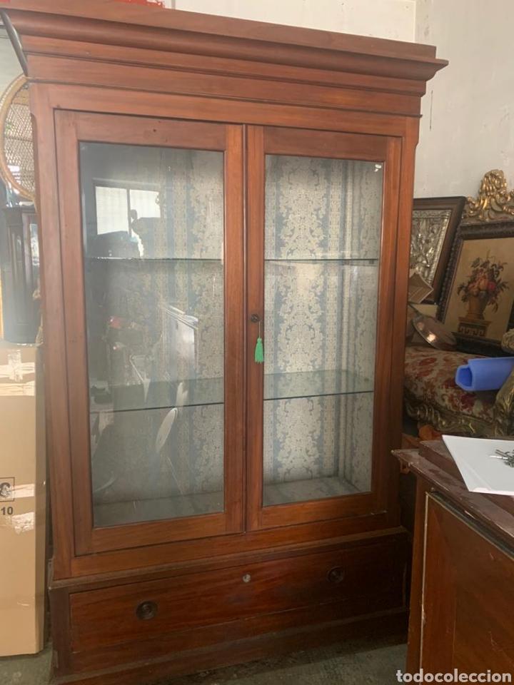 Antigüedades: Antigua vitrina de caoba - Foto 12 - 210649854