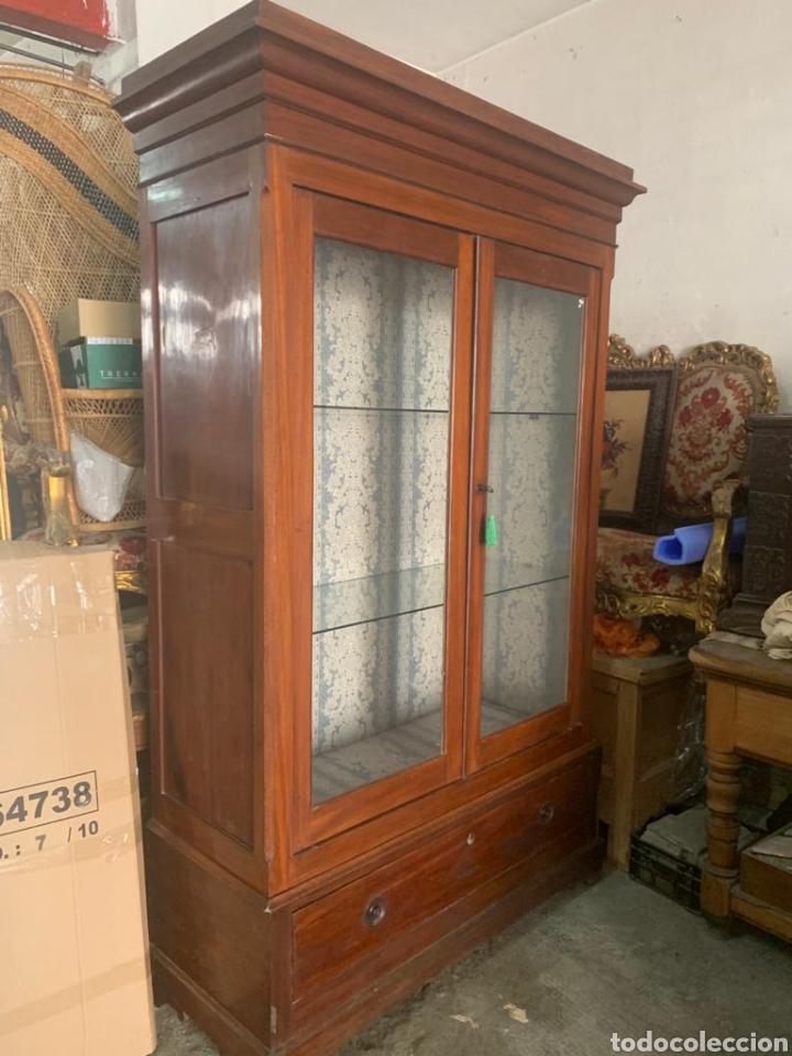 Antigüedades: Antigua vitrina de caoba - Foto 13 - 210649854
