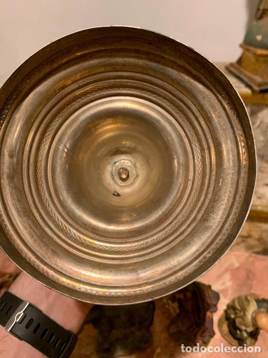 Antigüedades: Candelabro plata de ley antigua XIX Barcelona - Foto 4 - 210769431