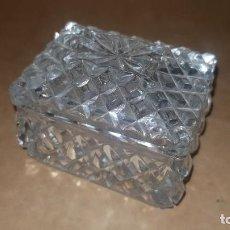 Antigüedades: CAJITA DE CRISTAL CON TAPA. Lote 210771022