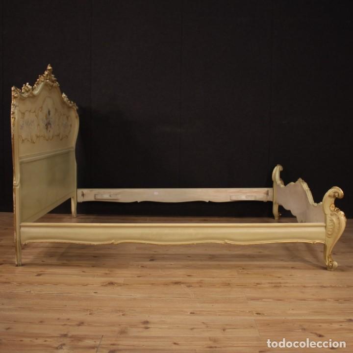 Antigüedades: Cama doble veneciana lacada, dorada y pintada - Foto 11 - 210810127