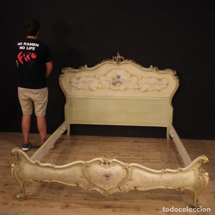 Antigüedades: Cama doble veneciana lacada, dorada y pintada - Foto 12 - 210810127