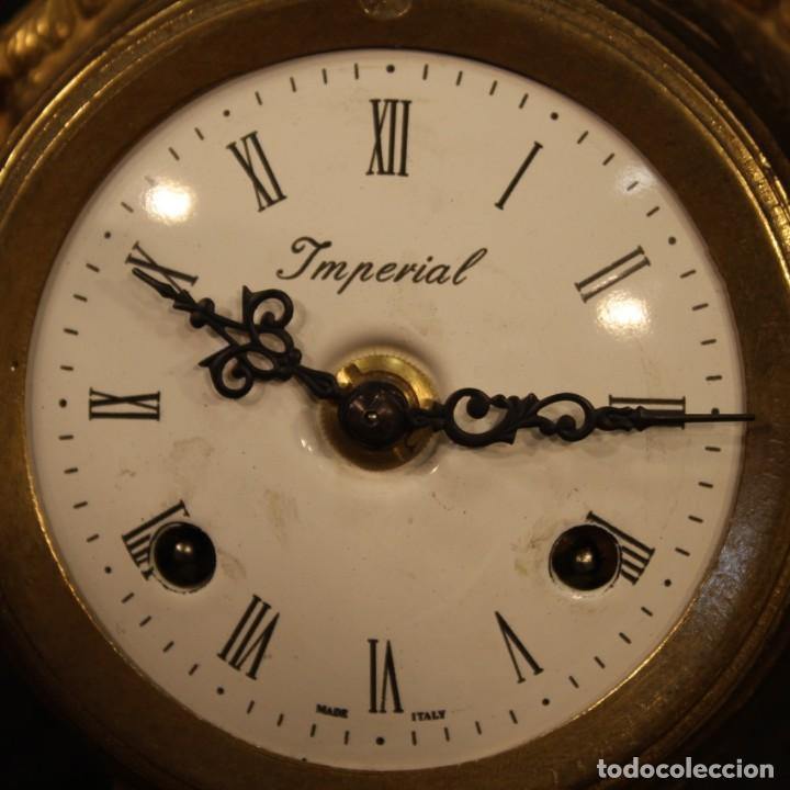 Antigüedades: Reloj francés en bronce y antimonio dorado - Foto 4 - 210817396