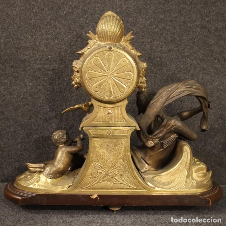 Antigüedades: Reloj francés en bronce y antimonio dorado - Foto 9 - 210817396