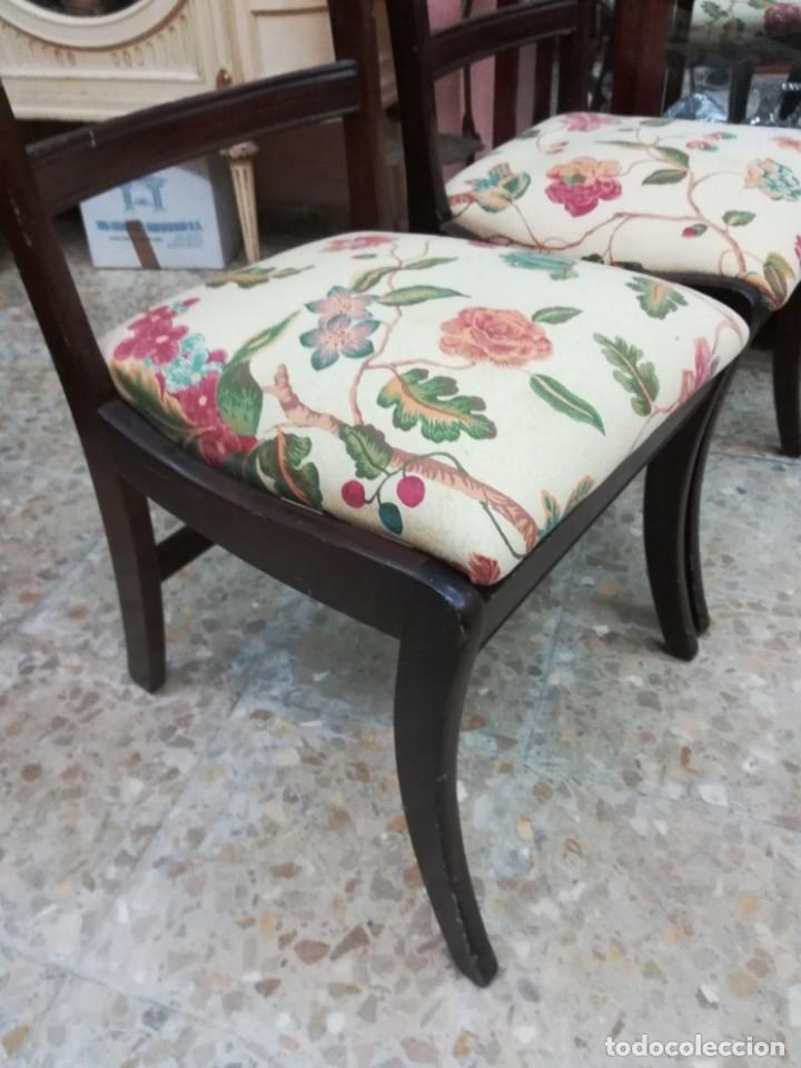 Antigüedades: Dos sillas de caova con un poco de marqueteria - Foto 3 - 210833301