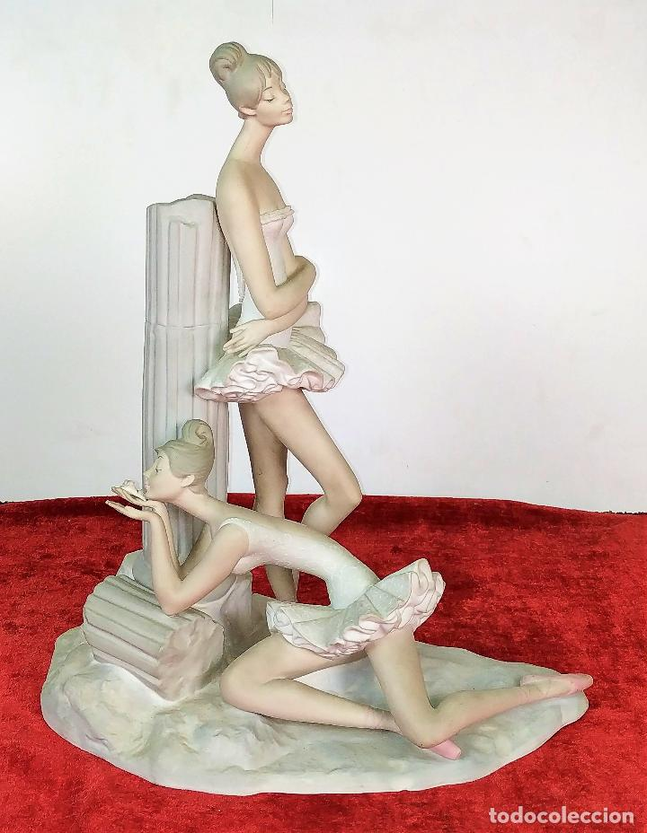 PAREJA DE BAILARINAS. PORCELANA LLADRÓ. ACABADO MATE. ESPAÑA. SIGLO XX (Antigüedades - Porcelanas y Cerámicas - Lladró)