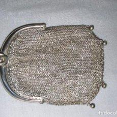Antigüedades: MONEDERO DE MALLA HECHO DE PLATA DE LEY DE LOS AÑOS 20. Lote 210937216