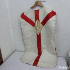 Antigüedades: MUY ANTIGUA DE FINALES DE 1800 Y BONITA CASULLA DE MISA COMPLETA Y MUY BUEN ESTADO. Lote 210950956
