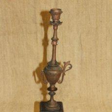 Antigüedades: CANDELABRO DE MARMOL Y CALAMINA. Lote 210952091