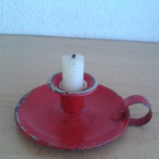 Antigüedades: PALMATORIA PORTAVELAS ESMALTADA ROJO CANDIL. Lote 211311504