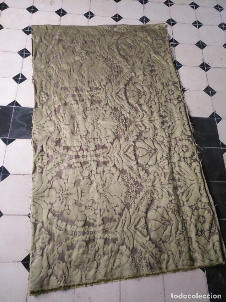Antigüedades: 158 x 91 tela brocado damasco color verde virgen balcolera saya manto capilla semana santa - Foto 14 - 270937008