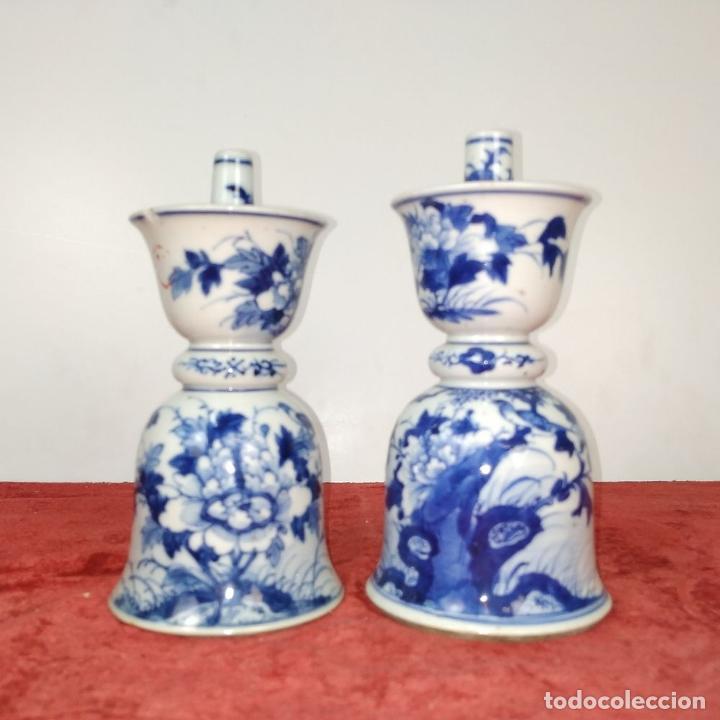 Antigüedades: PAREJA DE LAMPARAS CHINAS DE ACEITE. PORCELANA ESMALTADA. CHINA. FINALES SIGLO XIX - Foto 2 - 211394216