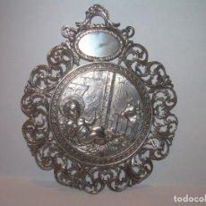 Antigüedades: ANTIGUA Y BONITA MEDALLA CALADA DE PLATA CON CONTRASTE....PORTAL DE BELEN....GRAN TAMAÑO Y PESO.. Lote 211398095