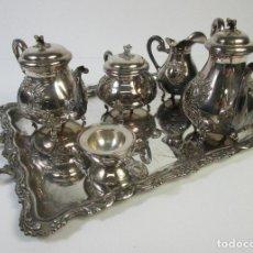 Antigüedades: JUEGO DE CAFÉ - FIRMA PEDRO DURAN - PLATA DE LEY, CON CONTRASTES - PLATA CINCELADA. Lote 211398949