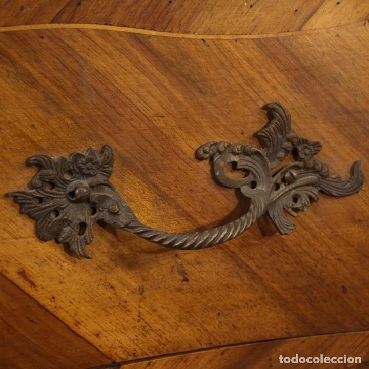 Antigüedades: Cómoda italiana con incrustaciones en estilo Luis XV - Foto 5 - 211399026