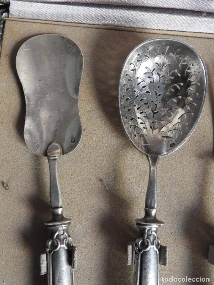 Antigüedades: CUBIERTOS DE SERVIR DE PLATA PARA APERITIVOS CON ESTUCHE - Foto 4 - 211402199