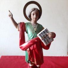 Antigüedades: IMAGEN DE SAN PANCRACIO CON EL SELLO DE OLOT YO CREO QUE ESTÁ HECHO EN ESCAYOLA OJOS DE CRISTAL. Lote 211428215