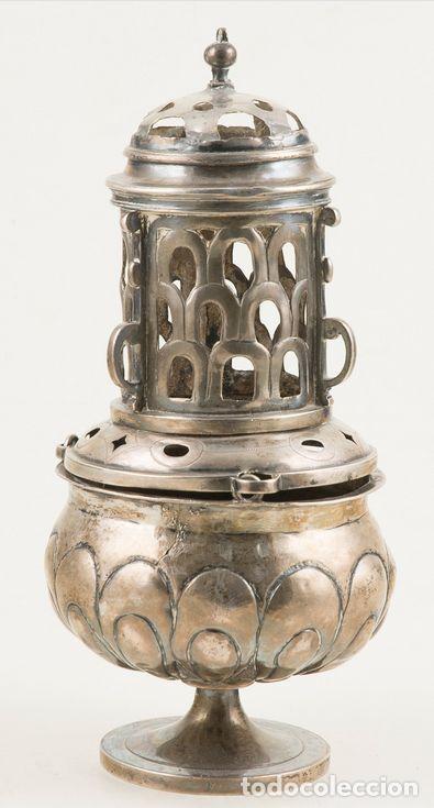IMPORTANTE INCENSARIO DE PLATA ESPAÑOLA DEL SIGLO XVII. 24 X 11 X 11 CM. PESO PESO: 592 G (Antigüedades - Religiosas - Orfebrería Antigua)