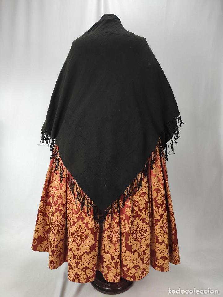 ANTIGUO MANTÓN DE ALGODÓN GRUESO, COLOR ALA DE MOSCA (Antigüedades - Moda - Mantones Antiguos)