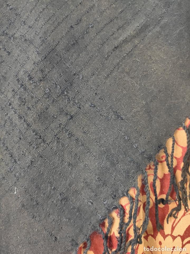 Antigüedades: Antiguo mantón de algodón grueso, color ala de mosca - Foto 4 - 211456204