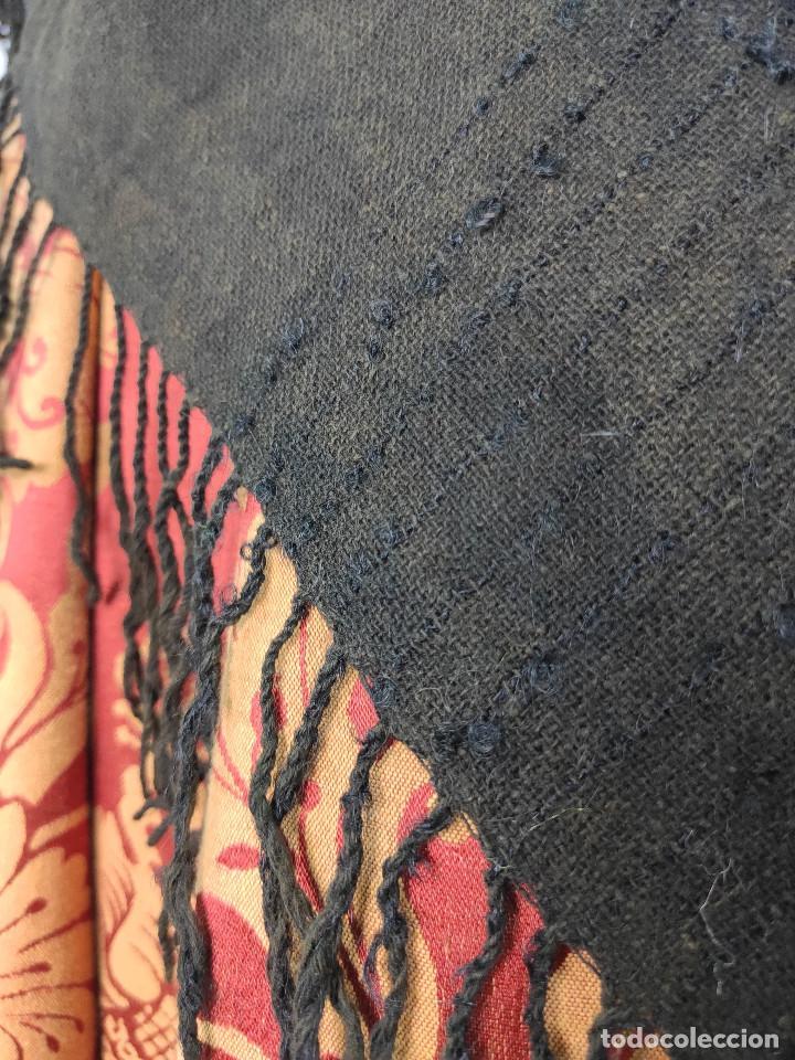 Antigüedades: Antiguo mantón de algodón grueso, color ala de mosca - Foto 6 - 211456204