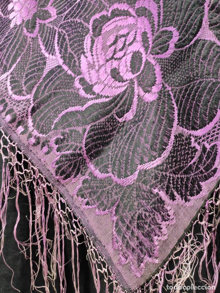 Antigüedades: Antiguo mantón de gro morado - Foto 4 - 211458002