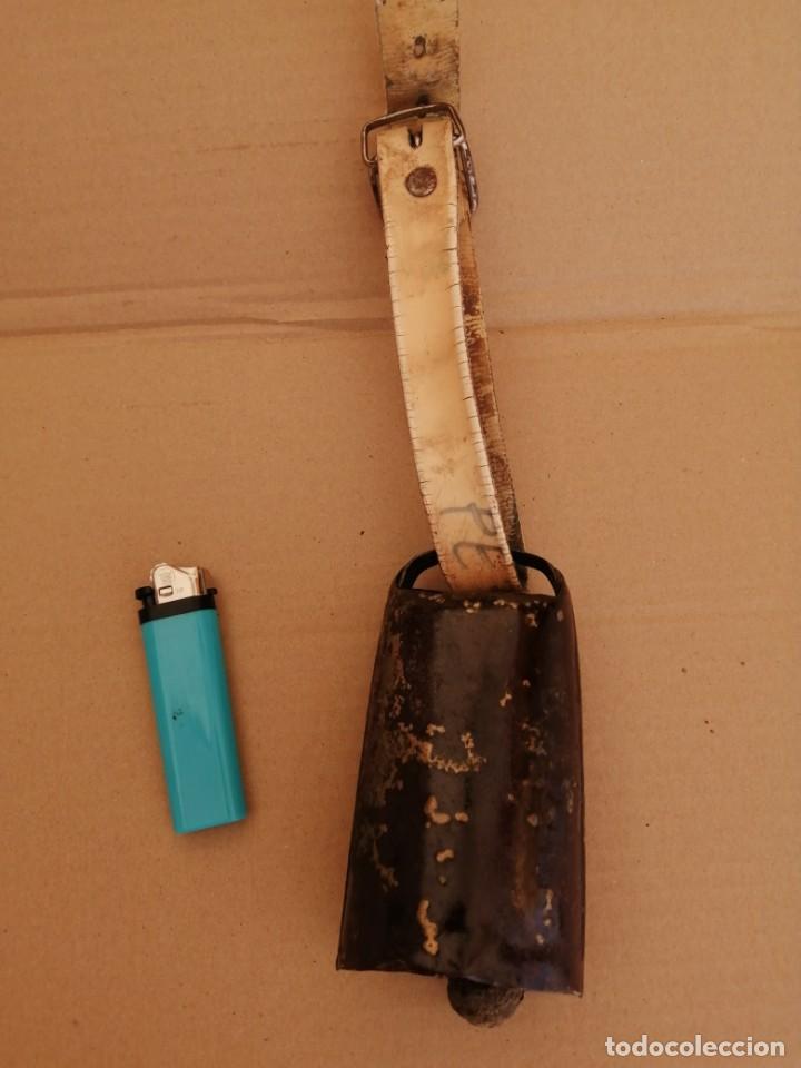 Antigüedades: cencerro o esquila antiguo - Foto 2 - 211471967