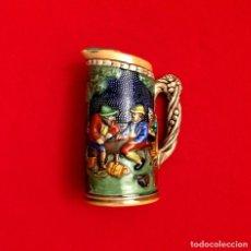 Antigüedades: ANTIGUA JARRA DE CERVEZA ALEMANA CON RELIEVES.. Lote 211501012
