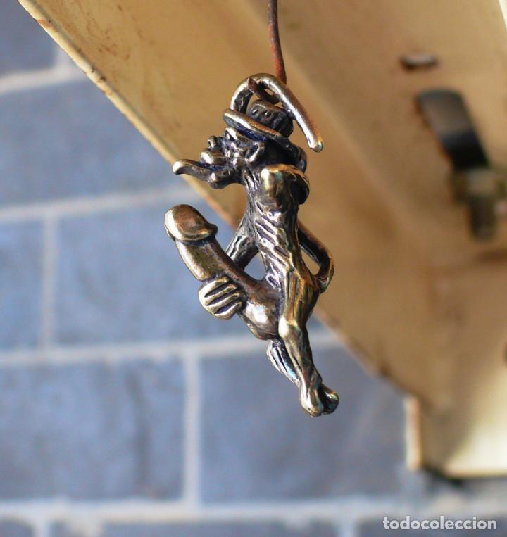 Antigüedades: escultura en miniatura. bronce .erotica .mono - Foto 9 - 211503036