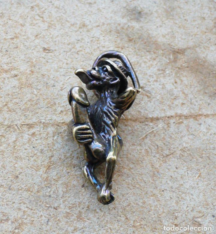 Antigüedades: escultura en miniatura. bronce .erotica .mono - Foto 10 - 211503036