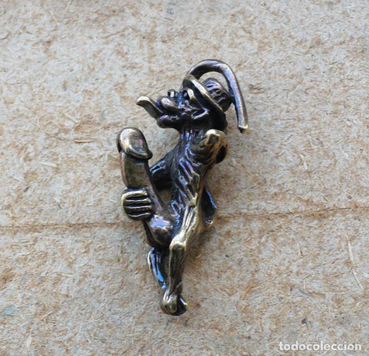 ESCULTURA EN MINIATURA. BRONCE .EROTICA .MONO (Antigüedades - Hogar y Decoración - Figuras Antiguas)
