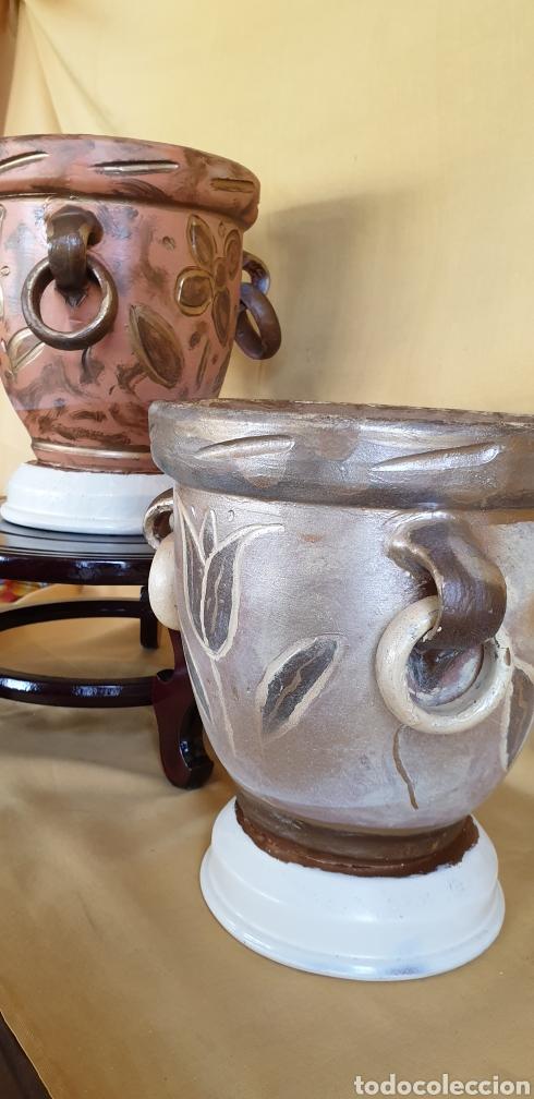 Antigüedades: Dos tiestos de artesania de barro cocido - Foto 3 - 211518480