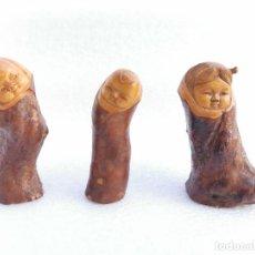 Antigüedades: LOTE DE 3 - PRECIOSA Y ANTIGUA FIGURA MADERA - ARTE ORIENTAL - JAPON - NIÑOS. Lote 211560396